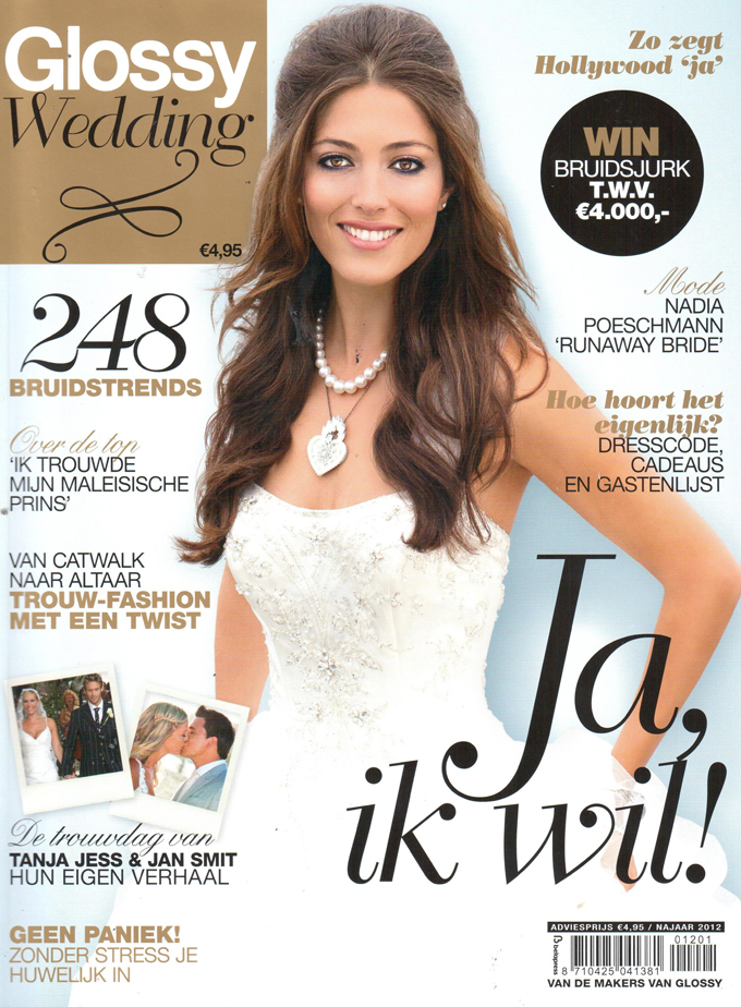Glossy Wedding cover beauty by roos