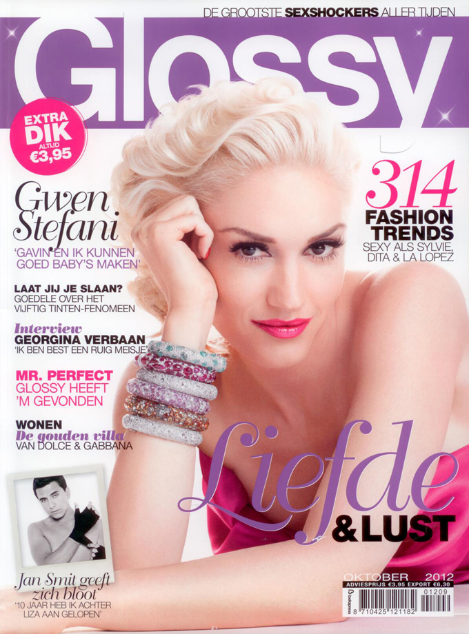 Glossy cover beauty by roos
