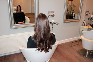 Kapsel met hairextensions van Beauty by Roos
