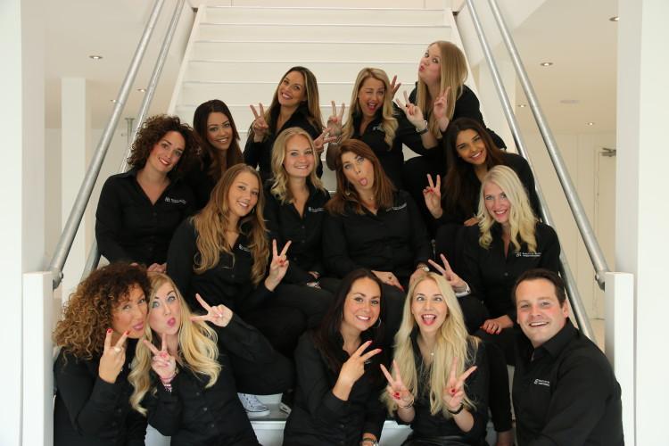 team op de trap bij beautybyroos
