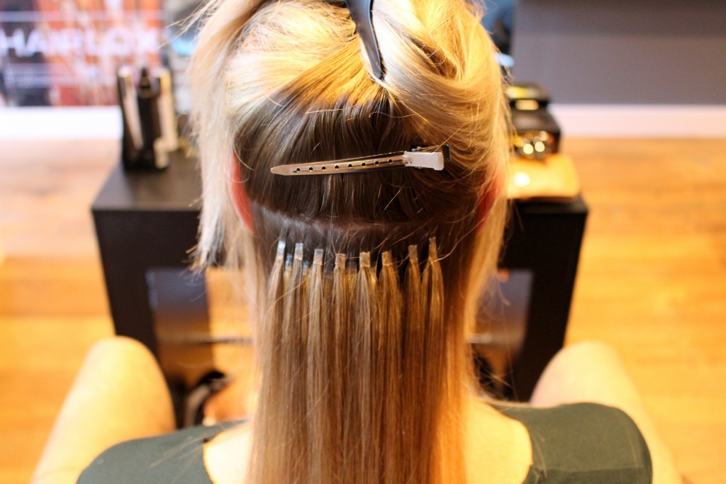 hairextensions vast in je haar zetten
