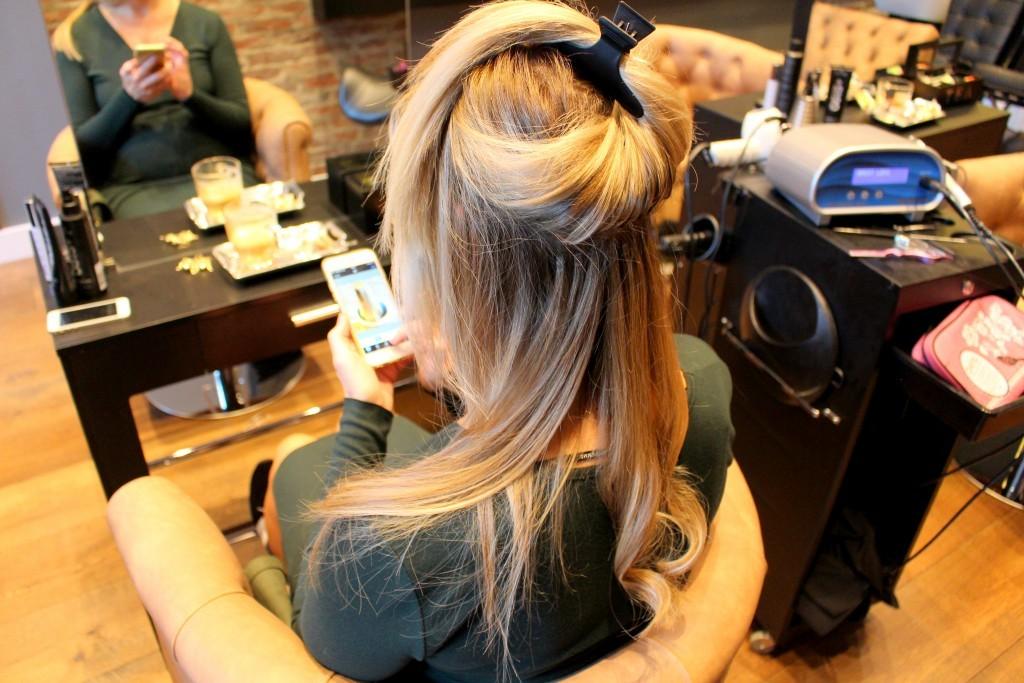 Zizi - inzetten Hairloxx hairextensions