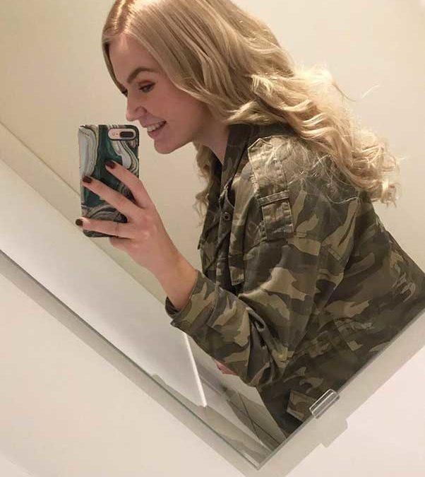 Charlotte Storij – Van kort naar lang haar